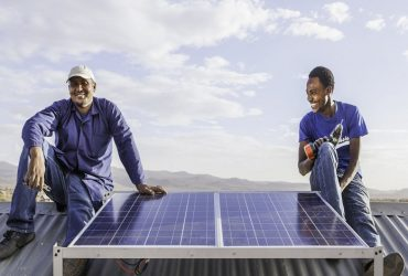How to Saving Money for Your Business by Choosing Solar Power