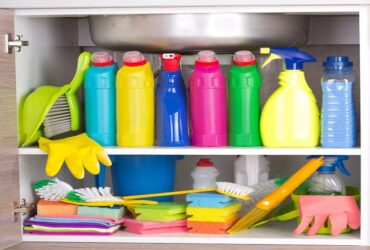Make Cleaning Products At Home And Save Money